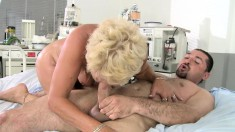 Blonde GILF seduces her young doctor and plays with his prick