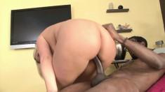 Big booty blonde cougar Julie Cash seduces and fucks a hung black guy