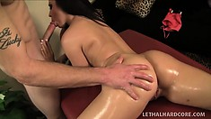 Striking babe with a perfect ass Lola Foxx enjoys a great massage and a few extras