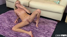Elaina Raye licks her fingers and gets to work on her pretty cunt