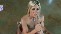 Provoking blonde cutie puts her handjob skills into practice in POV
