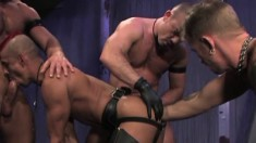 Horny hunk wants to swallow a prick while getting his ass fisted